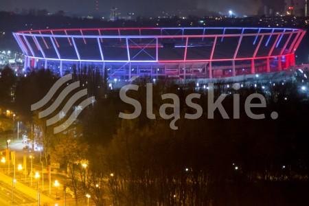 Obchody Narodowego Swieta Niepodleglosci. Bialo-czerwony Stadion Slaski w Chorzowie.