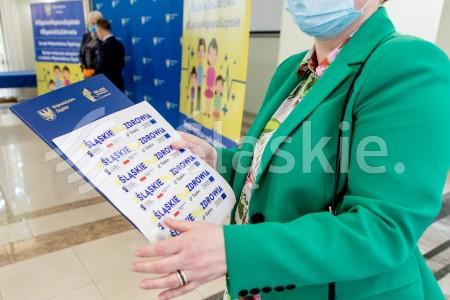 Przekazanie umow szpitalom na dzialania zwiazane z covid.